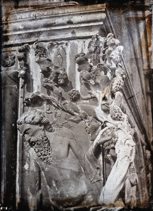 John Ruskin and John Hobbs. Venice. The Ducal Palace South-East Angle. Noah's Vine, detail, c.1849-1852. Quarter-plate daguerreotype.