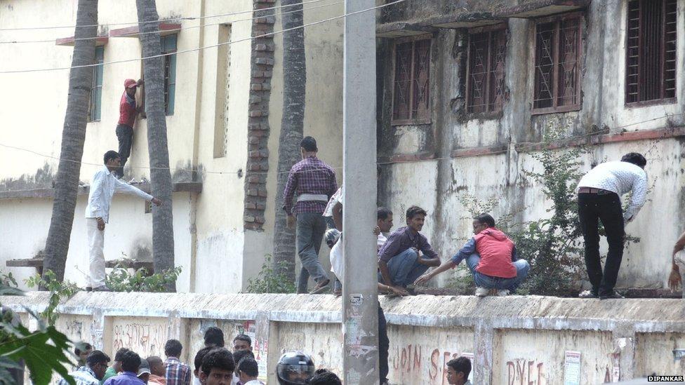インドの試験風景