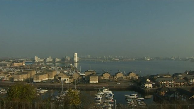 Eclipse timelapse Cardiff Bay