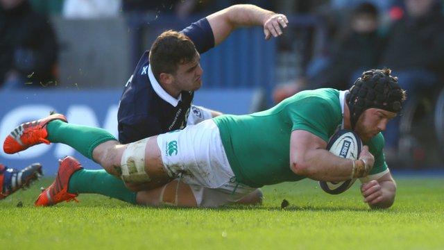 Sean O'Brien crosses the line for Ireland against Scotland
