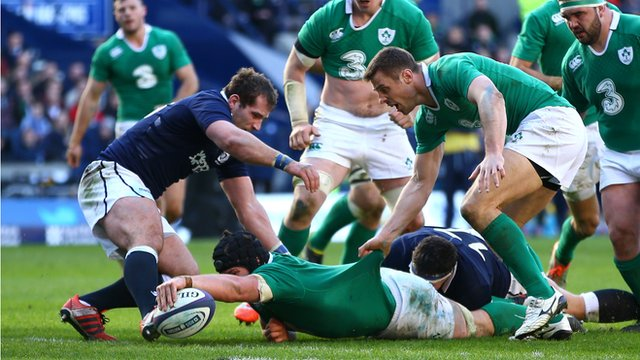 Sean O'Brien touches down for one of Ireland's tries