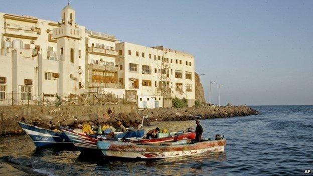 Fishing boats in Aden, Yemen (18 March 2015)