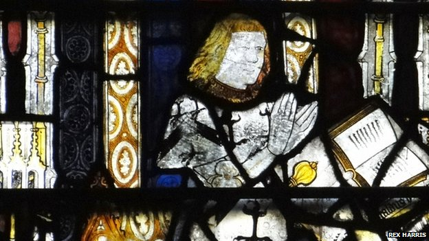 Stained glass depicting Sir Reynold Bray of Worcester