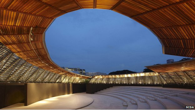 Dhoby Ghaut Green amphitheatre in Singapore