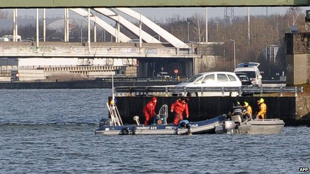 Search at Albert canal (2 April)