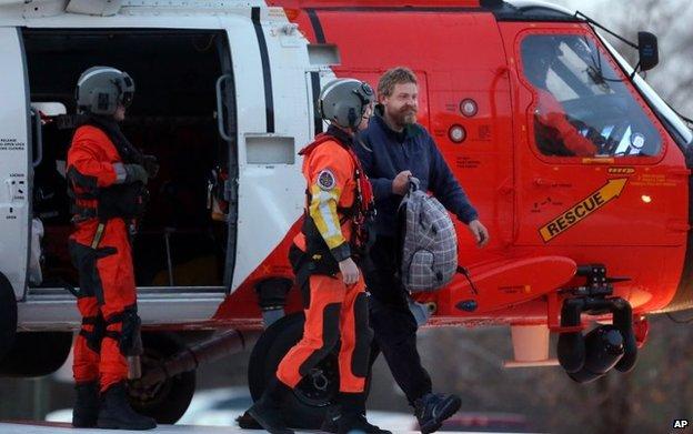 Louis Jordan arrives at hospital