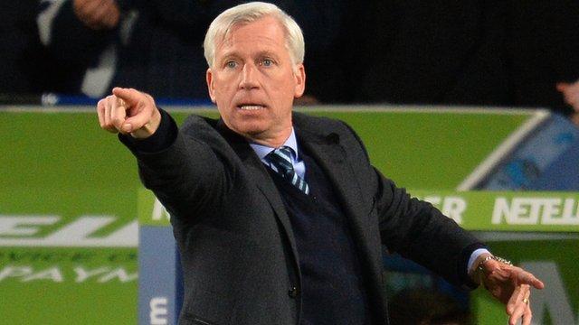 Premier League: Crystal Palace 2-1 Manchester City: Pardew praises 'character'