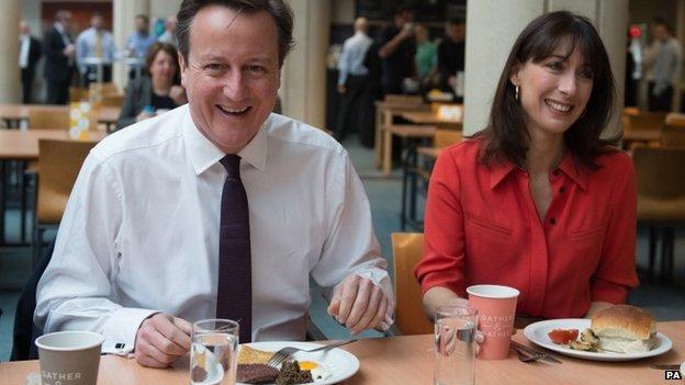 David Cameron and Samantha Cameron having breakfast in Edinburgh