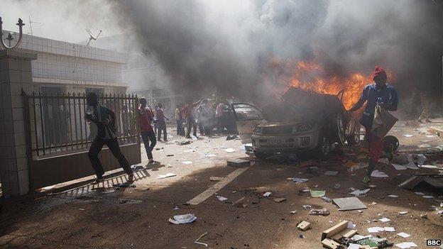 Unrest in Ouagadougou (30 October 2014)