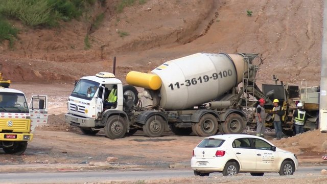 A cement mixer lorry