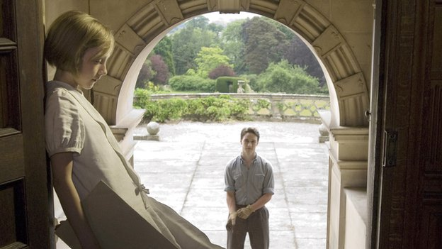 James McAvoy and Saoirse Ronan in Atonement