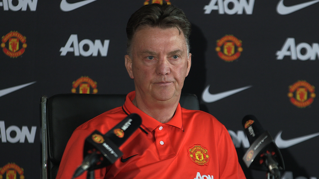 Louis Van Gaal says Man Utd form a surprise to everyone but him