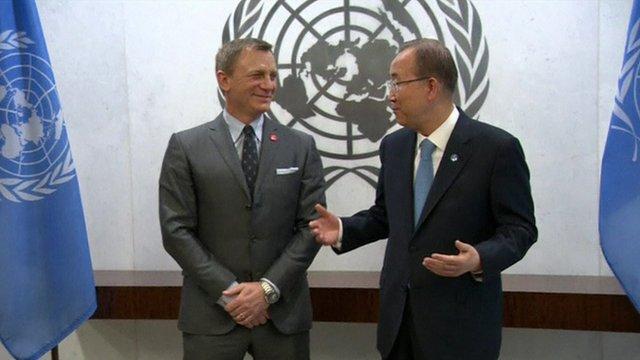 Daniel Craig and Ban Ki-moon
