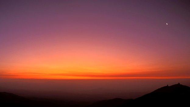 Las Campanas sunset during Pinatubo eruption