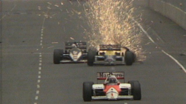 Nigel Mansell's tyre explodes at the 1986 Australian Grand Prix