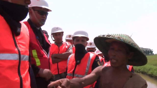 Indonesia workers