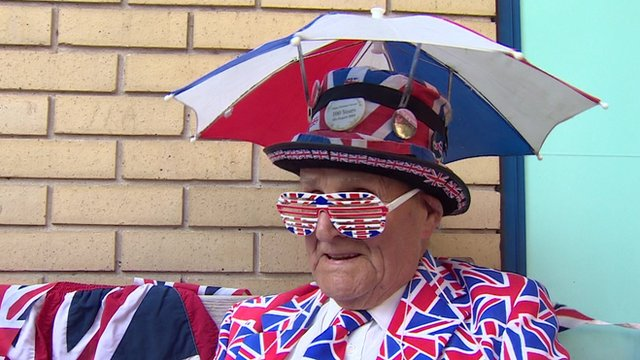 Man 'camped out' ahead of royal baby birth