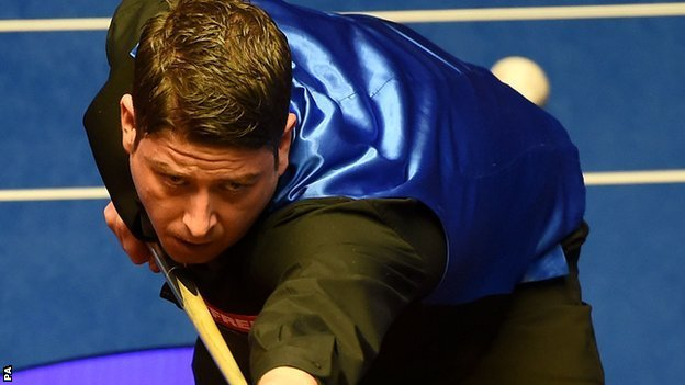 BBC Sport - World Snooker Championship: Stevens finishes Williams off