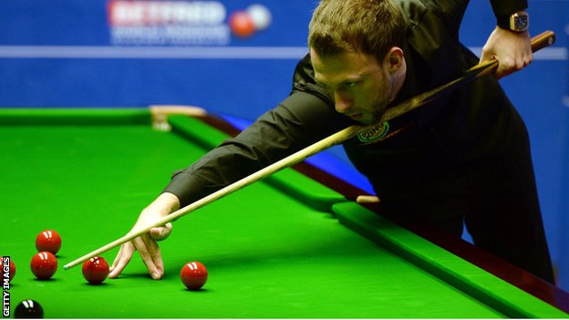 BBC Sport - World Snooker Championship: Trump beats Carrington