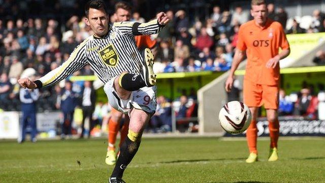 Highlights - St Mirren 4-1 Kilmarnock