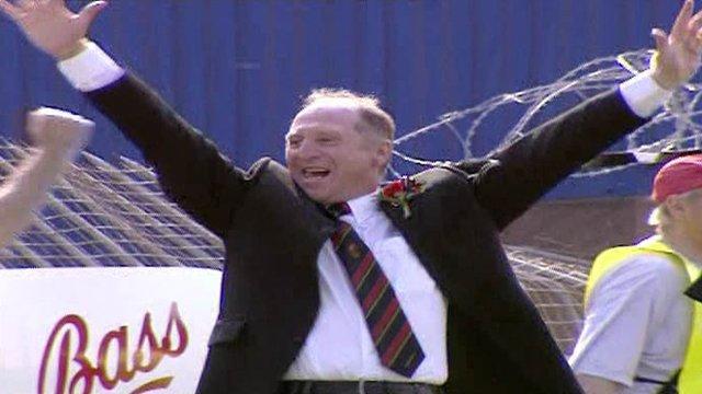 Glentoran manager celebrates winnning the 2000 Irish Cup final