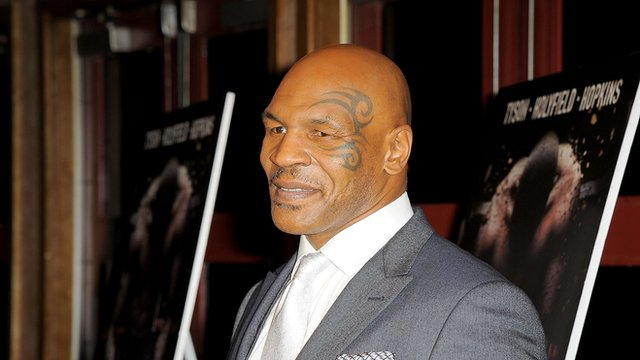 Mike Tyson backs Manny Pacquiao in Floyd Mayweather fight