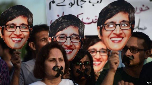 Activists in Karachi protest against Sabeen Mehmud's killing