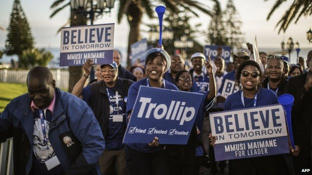 South Africa main opposition party Democratic Alliance supporters of Candidate Leader Mmusi Maimane dance and sing in his support during the party leadership elections on May 10, 2015 in Port Elizabeth, South Africa