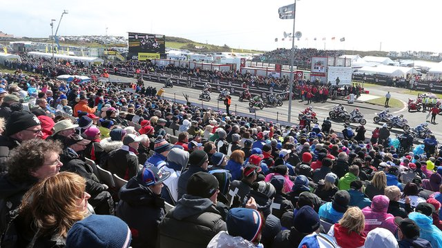 Fans watching the NW200