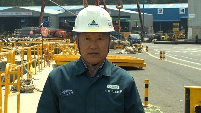 Shipyard engineer Lee Sang-bok