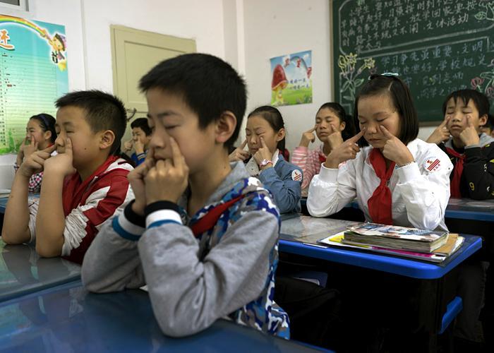 Yangyang at school, 2015