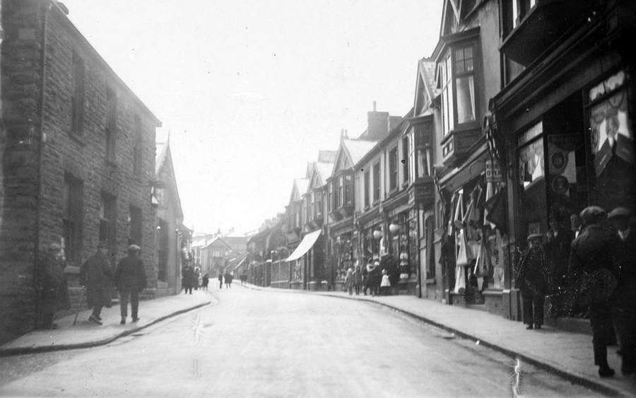Aberfan Road in 1929
