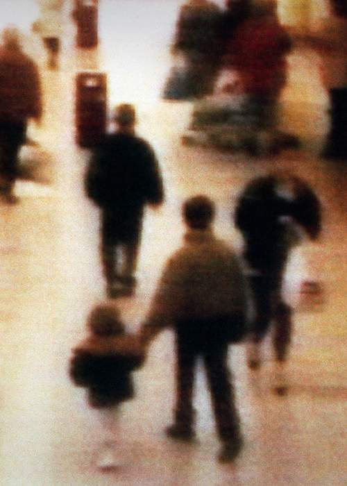 CCTV image of James Bulger's abduction - 23 Feb 1993 (image: PA)