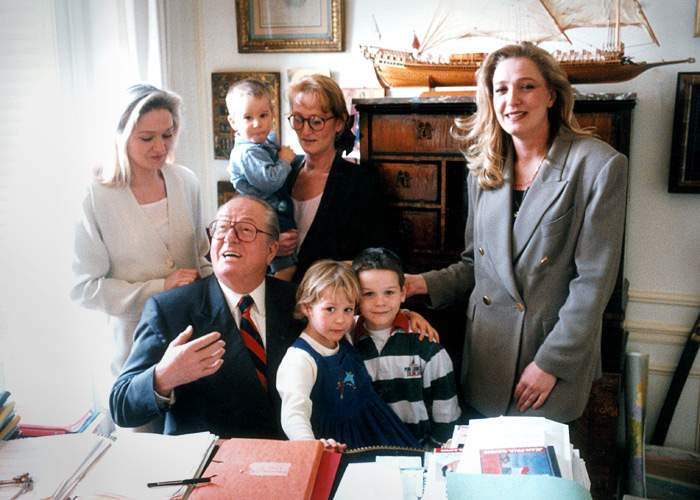 Jean-Marie Le Penwith daughters Marie-Caroline, Yann and Marine in themid-1990s(Getty Images)