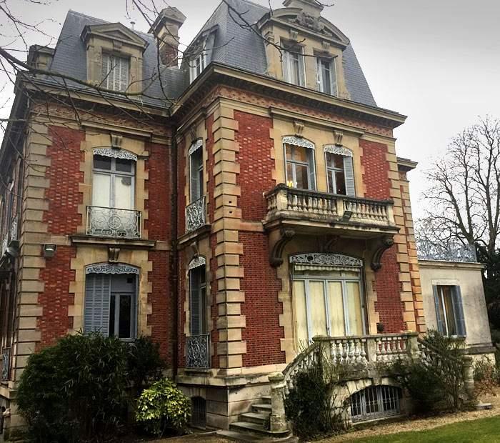 The Le Pen family mansion - MontretoutSt Cloud, near Paris
