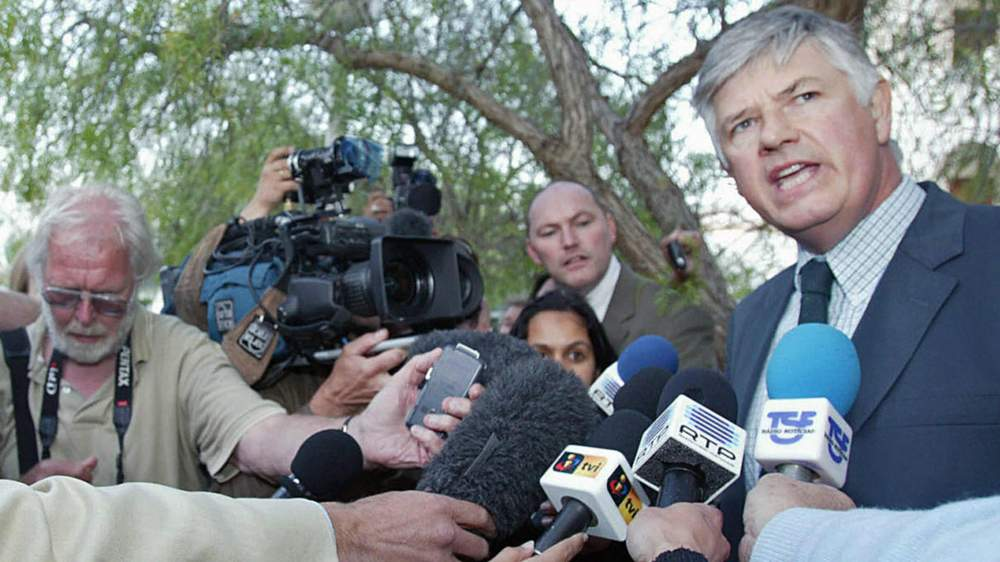 British Ambassador to Portugal John Buck speaks to the media the day after Madeleine's disappearance