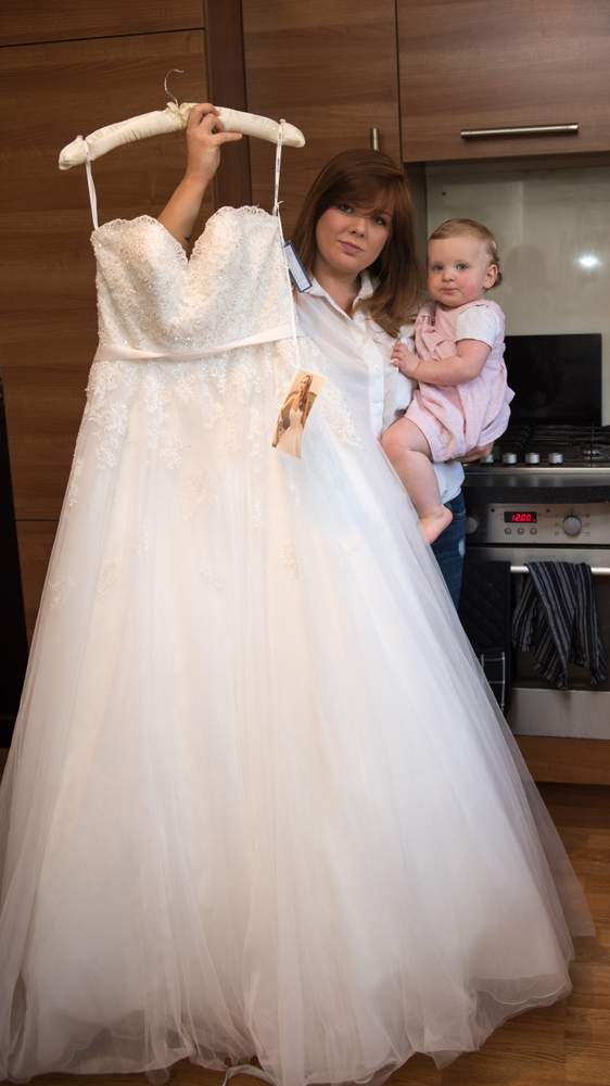 For sale wedding dress never worn bbc news for How to sell wedding dress never worn