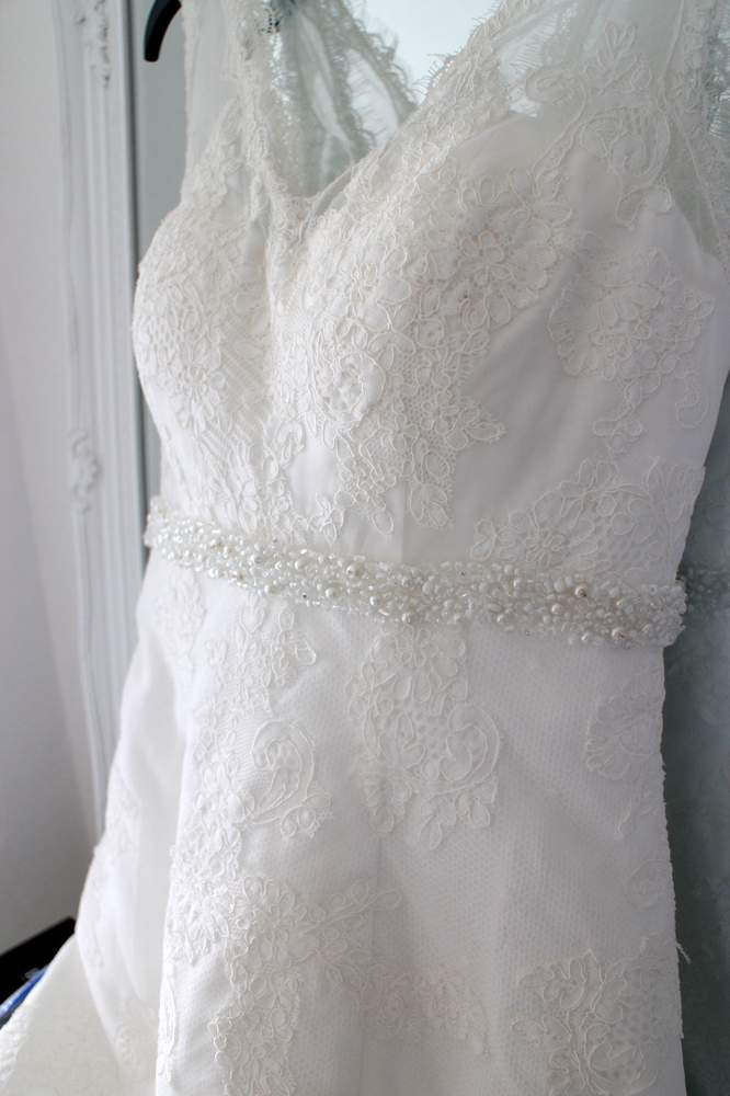 For Sale: Wedding Dress. Never Worn - BBC News