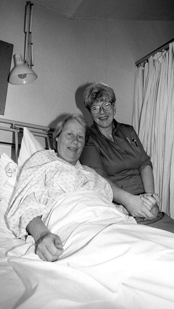 Marjorie Jackson recuperating in hospital in 1987