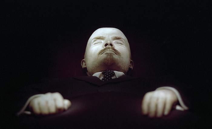 Тело Ленина в октябре 1993 года. Alexander Chumichev\/TASS