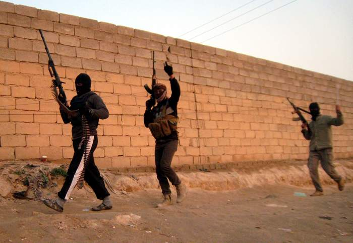 Anti-government fighters in Falluja, 2014